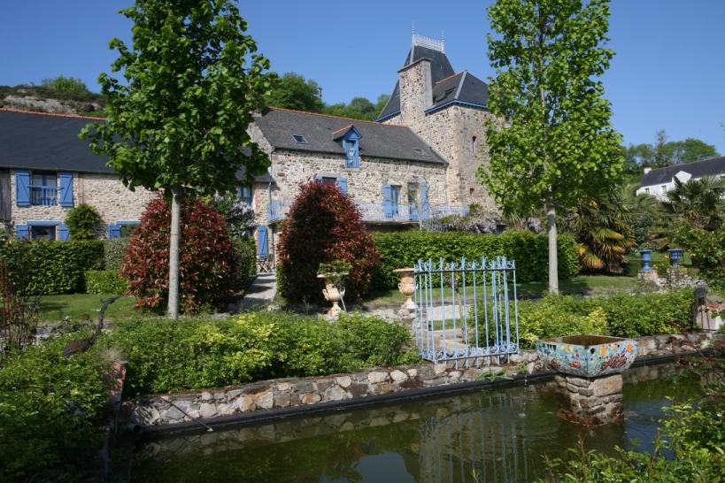 Chateau-Mont-Dol