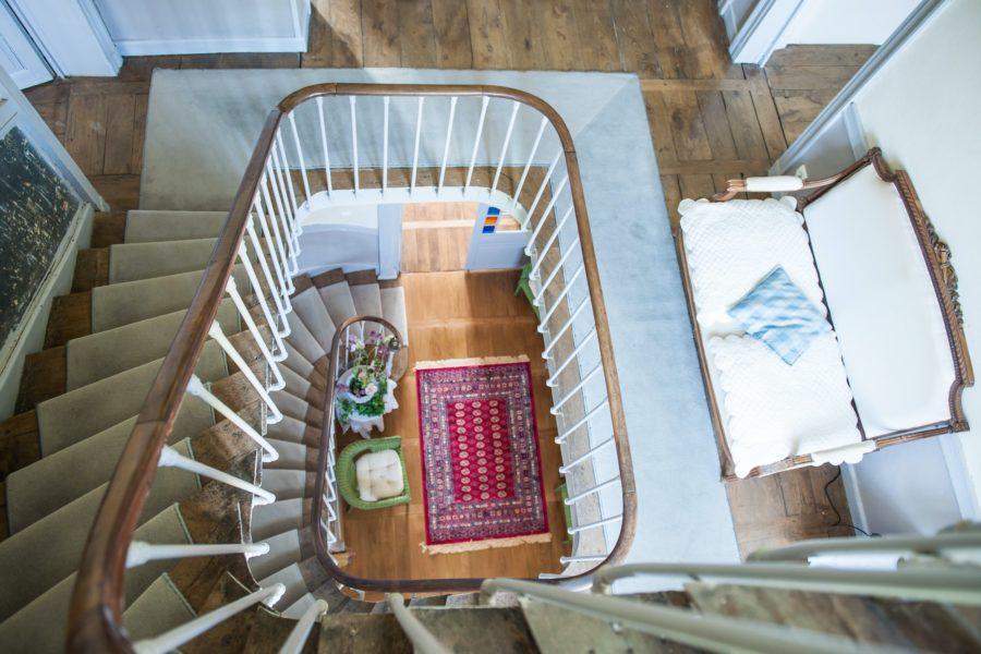 Chateau du pin vue escalier du 2ème étage