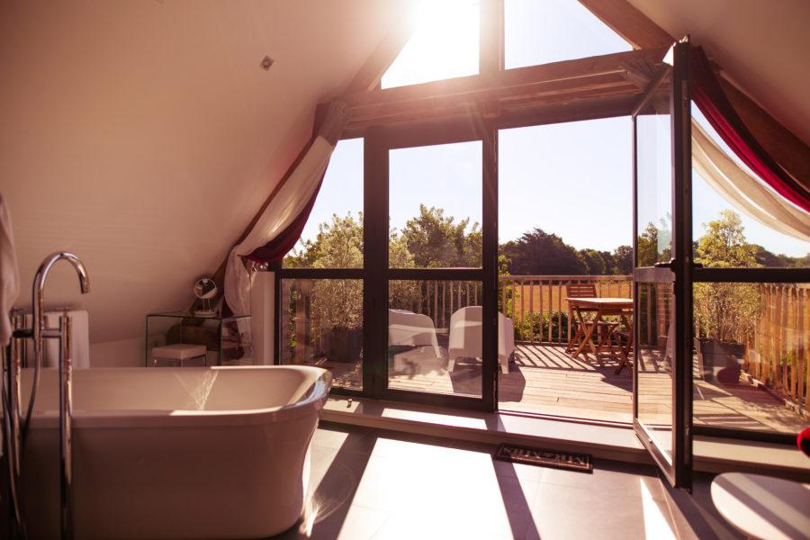Passez Simple Chambre 3 Le salon de bain de Valentine.