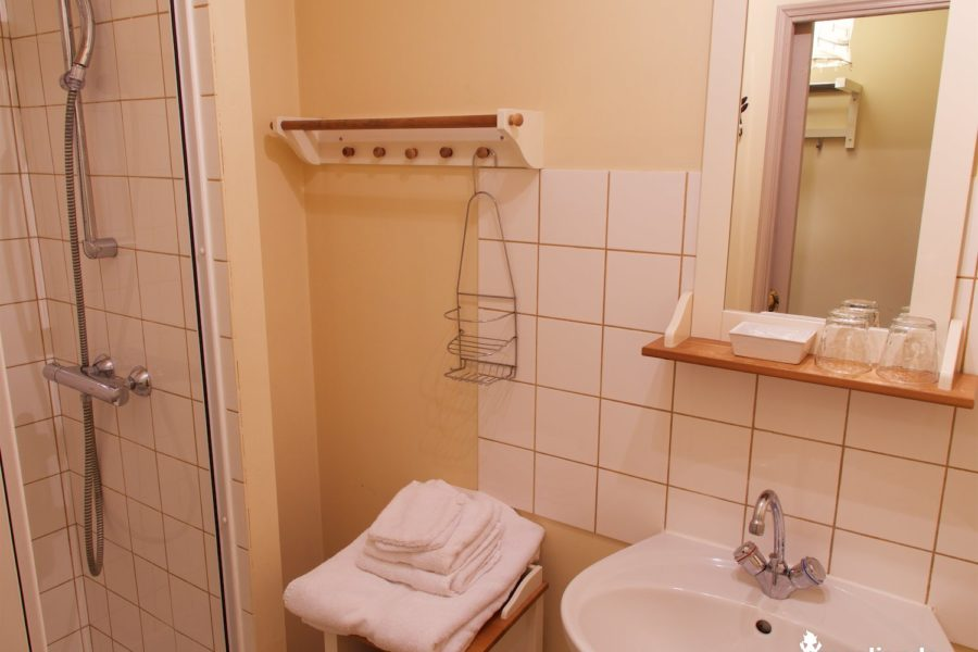 salle de bain Logis chateau du pin