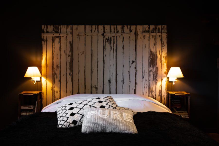 Chambre romantique au gîte de charme La Mulonnais©Mathis-Davoux