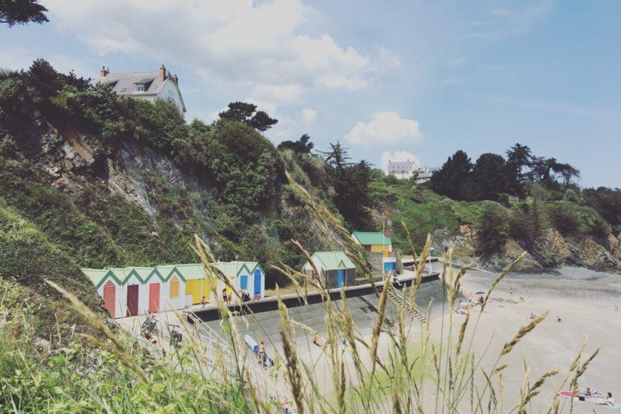 Plage-de-lavant-Port-a-Binic-Etables-sur-mer-Les-Maisons-de-Victoire